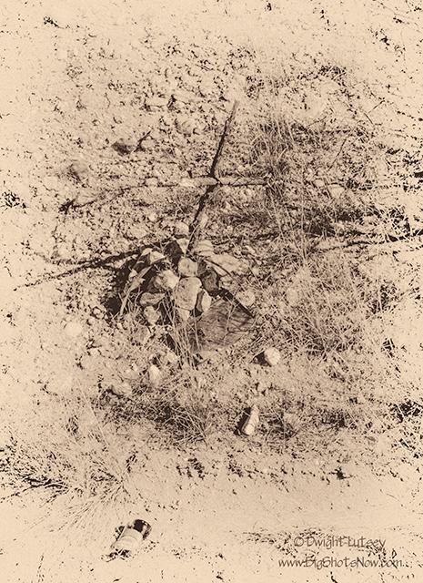 Fallen Crosses4197